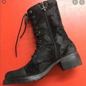 Donald Pliner Gayora Combat boots